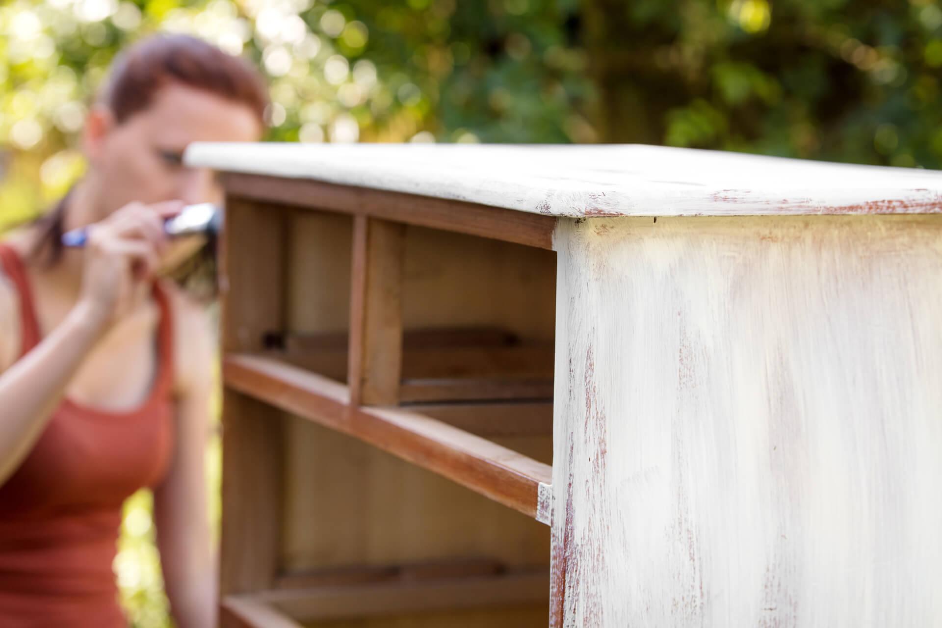 come pitturare legno