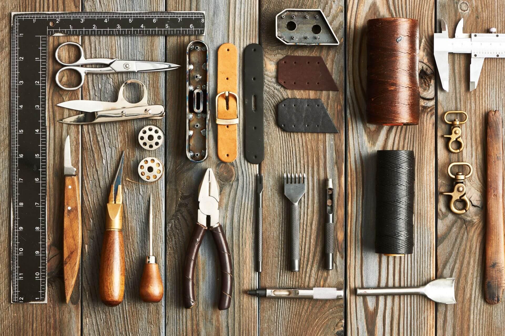 Come realizzare il telaio di un quadro con i listelli di legno - strumenti e materiali