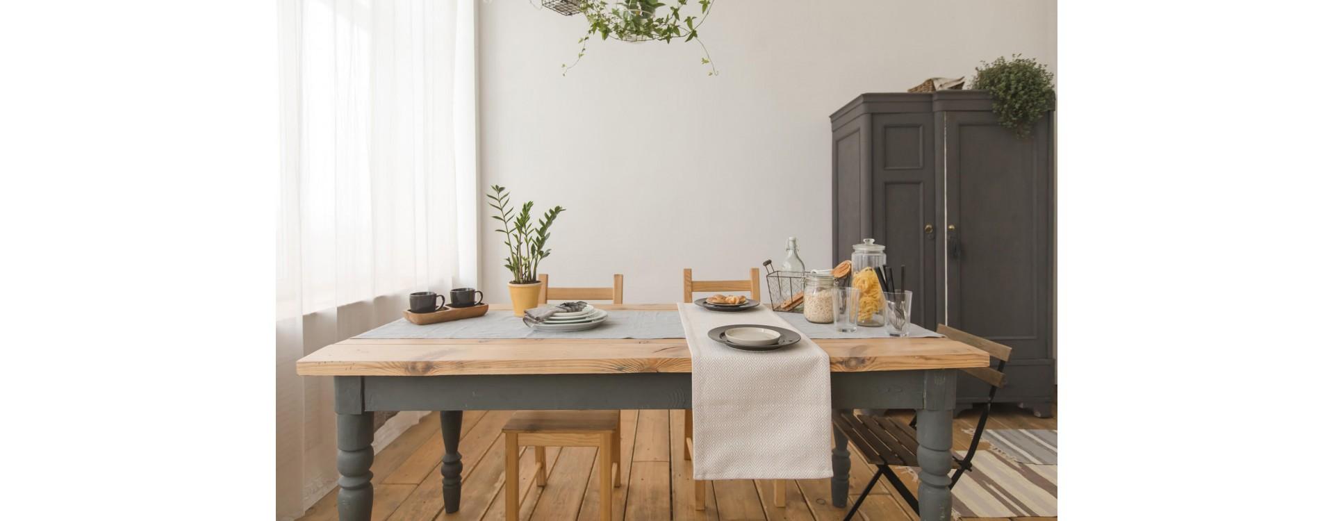 Piani per tavolo in legno massello su misura: guida all'acquisto