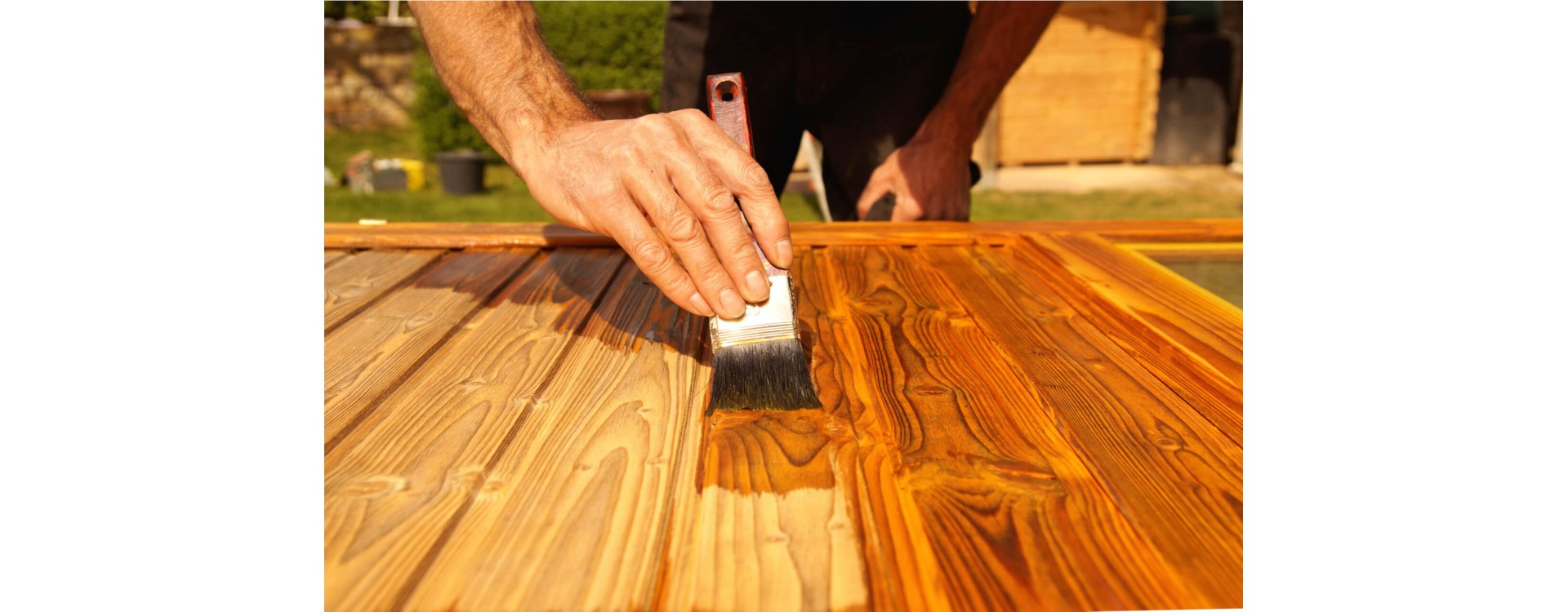 Smalti e vernici per il legno: una guida per sceglierli