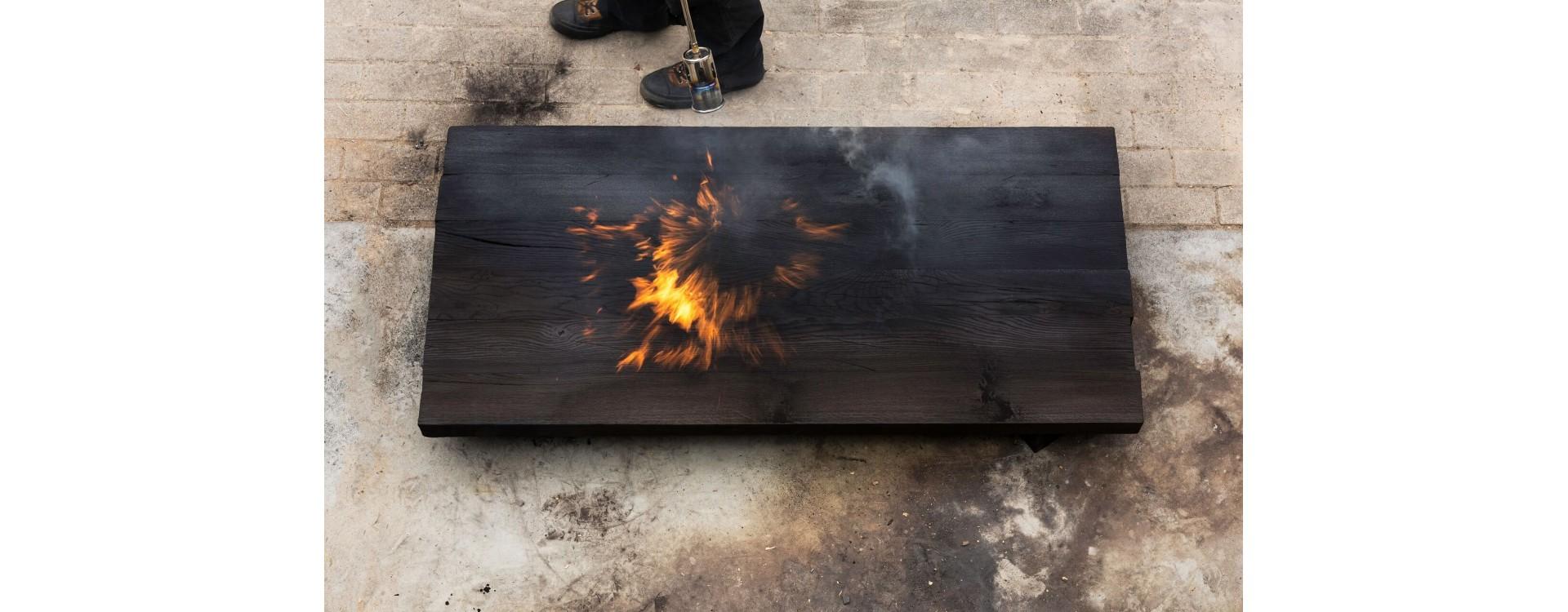 Tecnica Shou Sugi Ban: come preservare il legno in modo alternativo